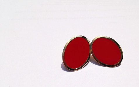 Vintage Red and Gold Earrings // Red oval vintage by vintagevennu