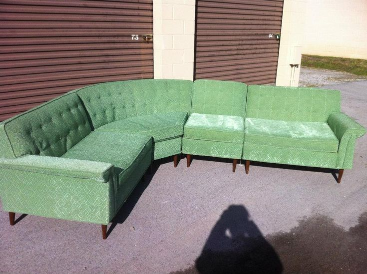 The Awesome Kroehler Galaxy Sectional Couch And
