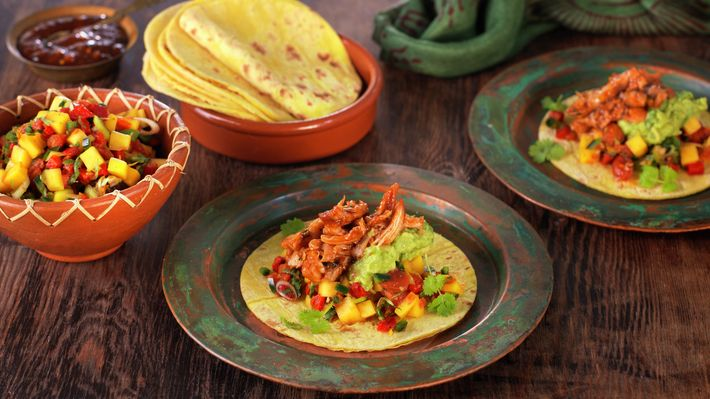Taco med revet kylling - Kos - Oppskrifter - MatPrat