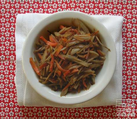 Kinpira bardane et carottes ©Cuisineenbandouliere