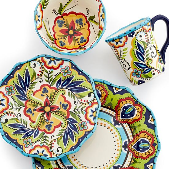 Deal of the Day: Bocca Scalloped 4-Piece Place Setting