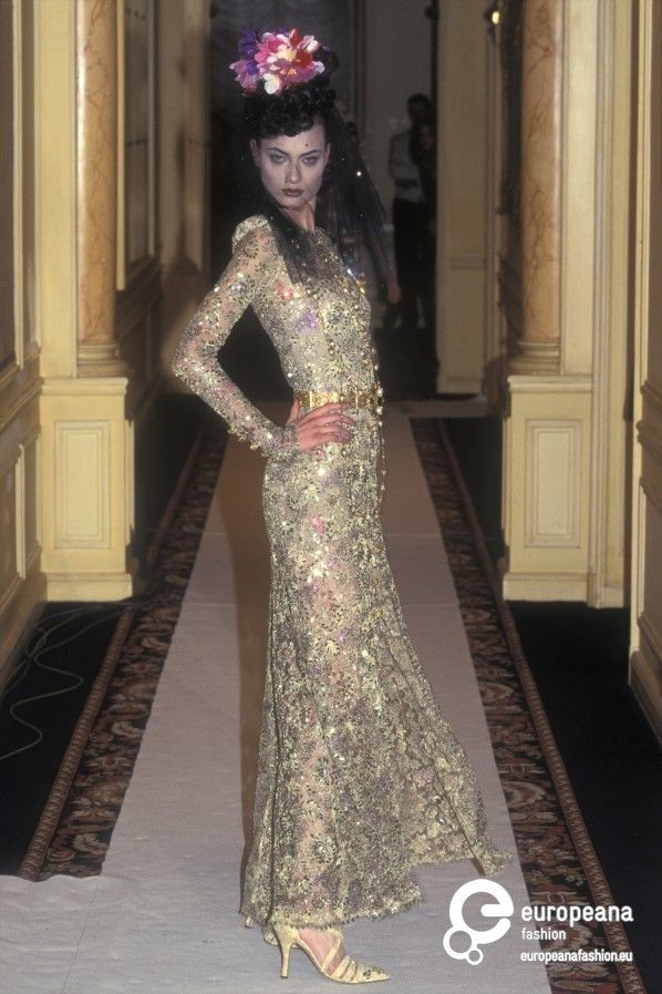 1996 Fendi Furs Fashion Magazine Print Ad: 326 Best Chanel Mid 90s Key Styles Images On Pinterest