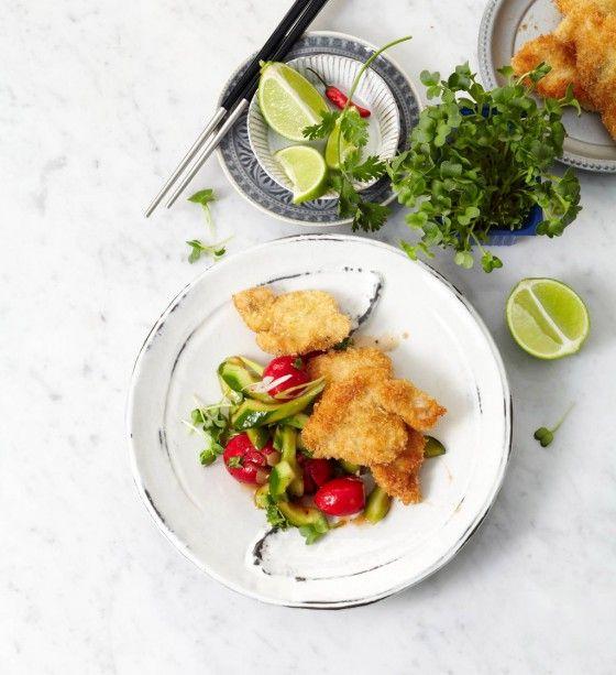 Panko-Schnitzel mit Gurken-Radieschen-Salat