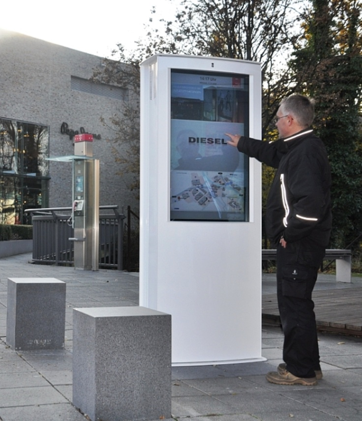 Eurotouch Flexi Mega Outdoor Dual Sided 46 Quot Interactive