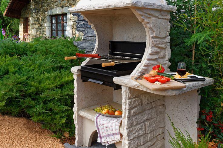 25 melhores ideias de barbecue en pierre no pinterest for Construire un foyer exterieur en pierre