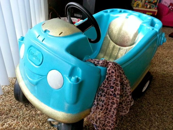 Check it out!! I finally finished Emily's Little Tikes Cozy Coupe makeover. She absolutely loves this little guy. Her favorite thing isn...