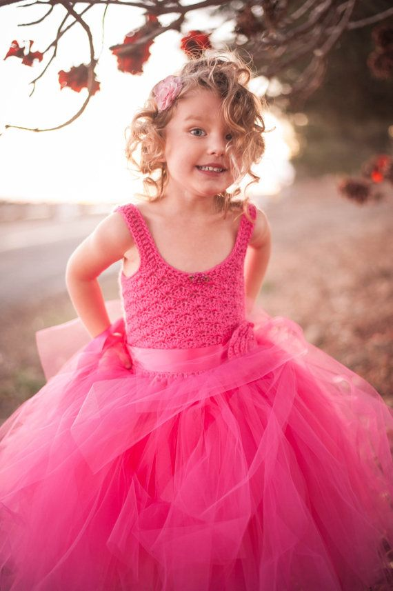 Pink flower girl tutu dress custom made to order crochet di Qt2t