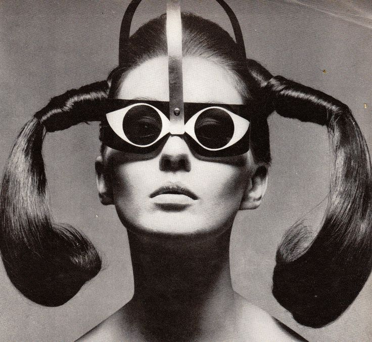 """Mrs. Tony Curtis in """"Eyeeye"""" Sunglasses by Mario Marenco, Vogue - March 15th 1967, Photographed by Ugo Mulas"""