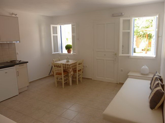 ASTARTI Traditional studios & apartments #Serifos #Cyclades #Greece #GuestInn