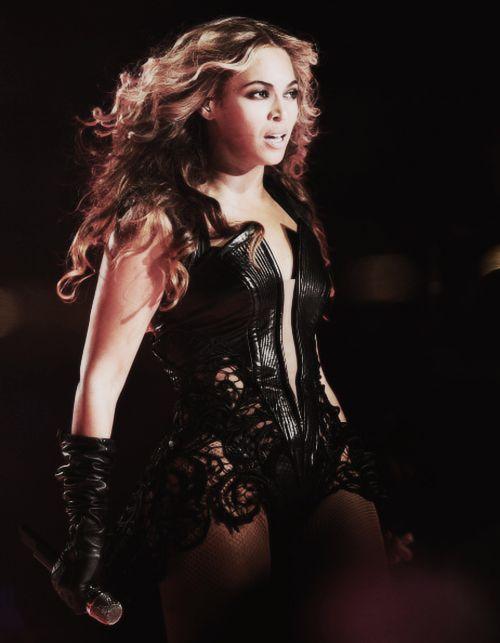 Beyoncé - Diva Lyrics | MetroLyrics