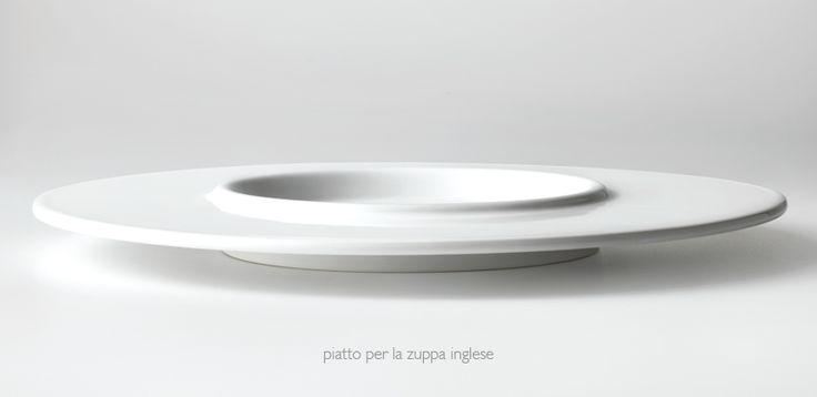 """Piatto per la Zuppa Inglese: dalla tradizionale """"zuppiera"""" al contenitore. #piatto #tagliatelle #foodporn #art #ceramica #design #chef"""