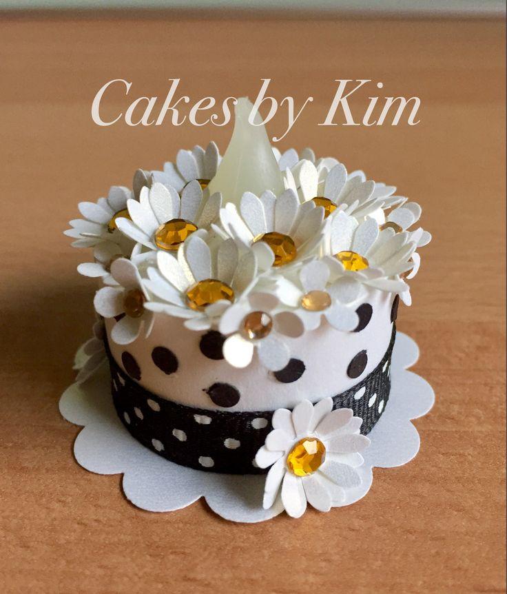 Daisy Tea Light Cake (made by Kim)