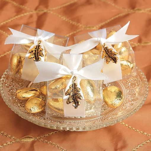 Its Easy To Give Your Wedding Favors A Rich Fall Look Simply Toss Candy In