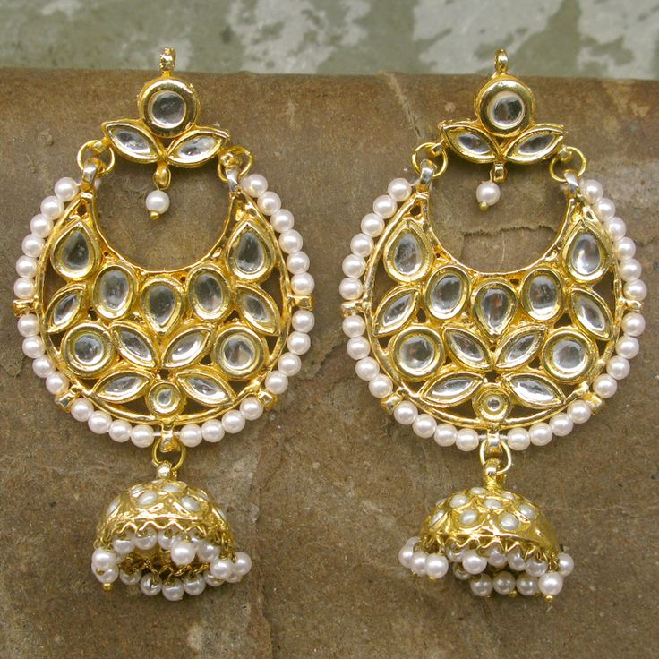 Kanika Earrings by Indiatrend. Shop Now at WWW.INDIATRENDSHOP.COM