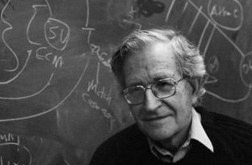 Noam Chomsky: estamos à beira da total auto-destruição?