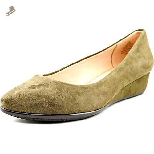 Avery Taupe Patent Womens Wedges Size 7M Easy Spirit DKW4M