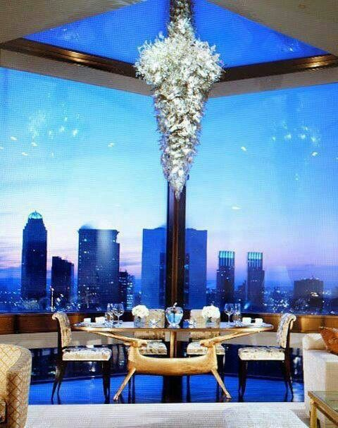 Upgrade your dining room. New York penthouse apartment with stunning view
