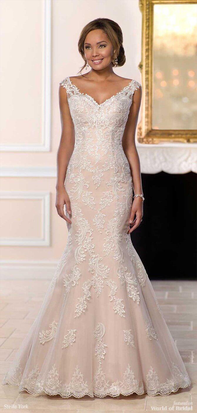 8e3692ea6d6 Stella York Spring 2018 Modern Lace Mermaid Wedding Dress