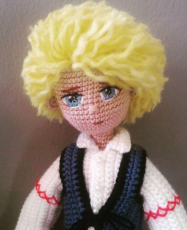 Günaydın.. #amigurumi #amigurumidoll #weamiguru #weamigurumi #handmadedoll #hanimelinden #handmade #crochet #crochetdoll #knitting #knittingdoll #örguoyuncak #örgübebek #organikoyuncak #sağlıklıoyuncak #hanselgretel #hanselandgretel #masalkahramanlari #10marifet #tasarımoyuncak #tasarım #elemeğigöznuru #elemeği #elişi #sarısaç #mavigöz #doldurulmus_oyuncak