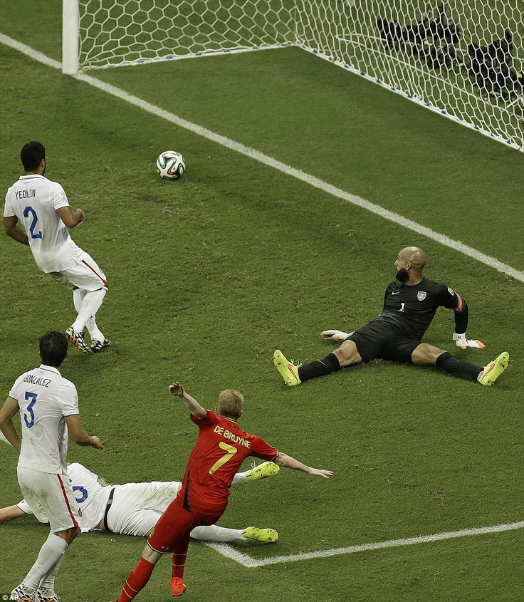 Tim Howard finally missed a save in the 93rd minute when Belgium's Kevin De Bruyne found the net and took the lead. Belgium won 2-1.