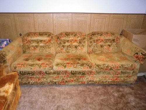 17 Best Images About Really Bad Sofas On Pinterest