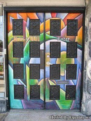 Doors ~: Paintings Doors, Interesting Doors, Creative Doors, Dreamy Doors, Graphics Doors, Colors Graffiti, Colors Doors, Graffiti Doors, Rainbows Doors
