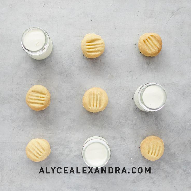 Old Fashioned Yoyos — alyce alexandra
