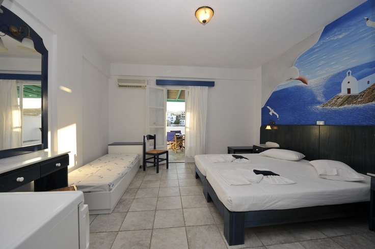 Aloni Paros Room. http://www.aloniparos.com/paros/view/paros-accommodation
