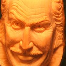 Vincent Price pumpkin carving - pumpkingutter.com