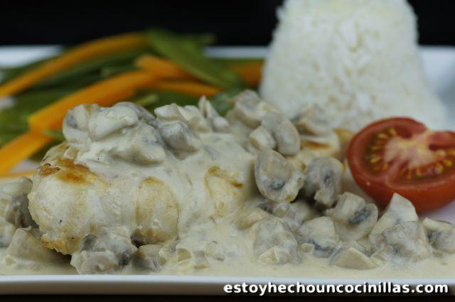 Recette de blancs de poulet à la sauce champignons