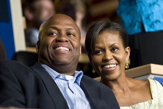 Michelle Obama Height, Weight, Age, Biography, Husband & More ...