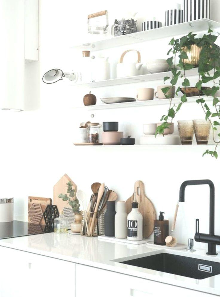 Ein Inspirierendes Finnisches Zuhause Mit Einem Uberraschungselement Mein Skandinavisches Zuhause Kleine Kuche Kleine Wohnung Kuche Wohnung Kuche