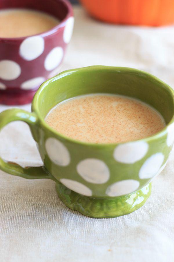 Skinny pumpkin spice latte, in the crockpot. A little bit of cinnamon ...
