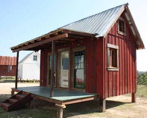 """Not everything is bigger in Texas. Tiny Texas Houses, based in Luling, Texas, is a company """"building the future with the past."""" Each of the tiny houses is made from recycled salvage materials. As the company says on the website: """"After a generation of having it all and wasting so much, perhaps it is time to consider keeping it small and preserving what we have before we waste more of our limited resources."""": Recycled Salvaged, Tiny Houses, Houses Ideas, Tiny Texas, Small Houses, Texas Houses, Small Cabins, Tiny Home, Small Cottages"""
