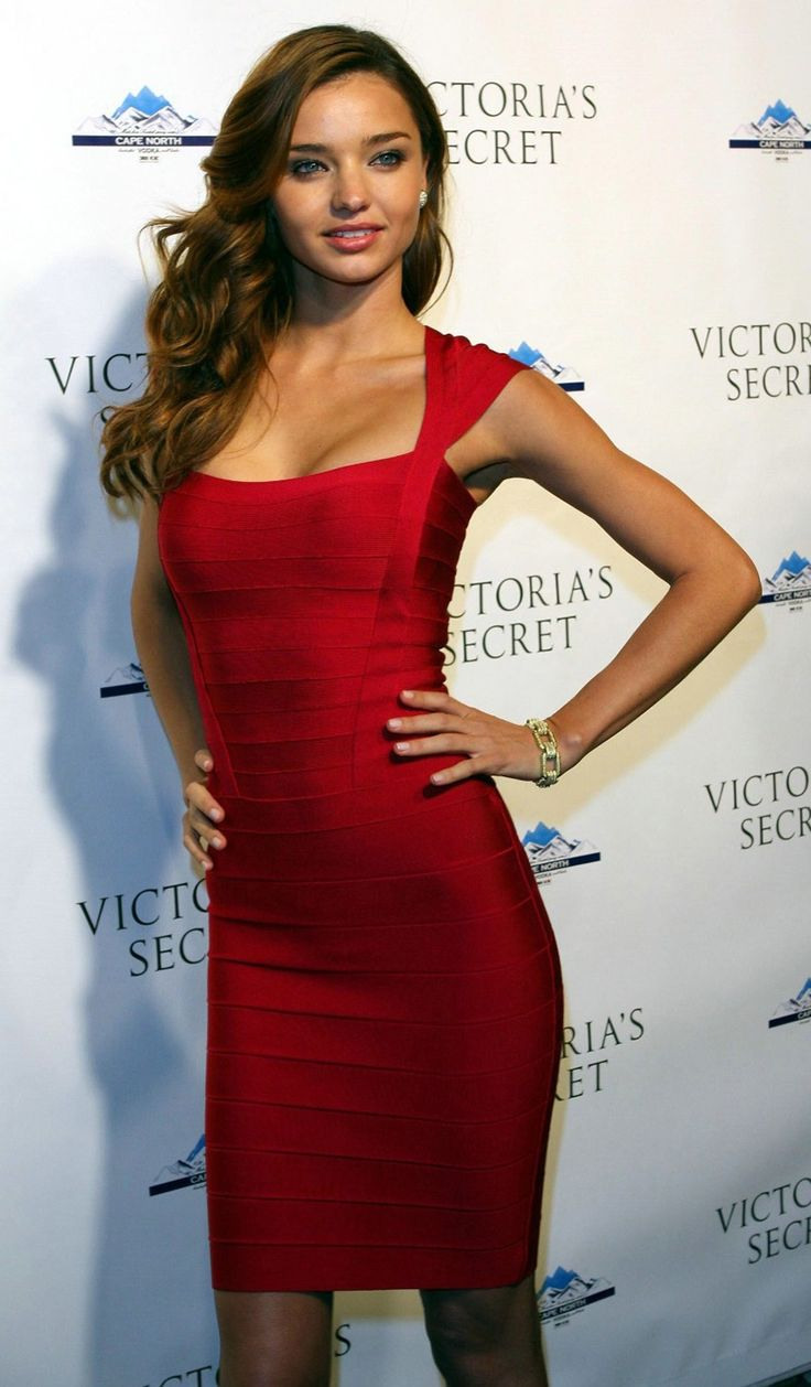 Sukienka bandażowa  czerwona matowa