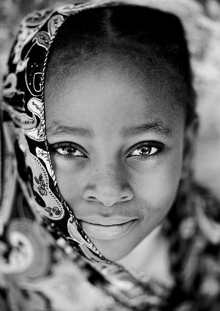 zuru kenya Lamu girl - Kenya by Eric Lafforgue