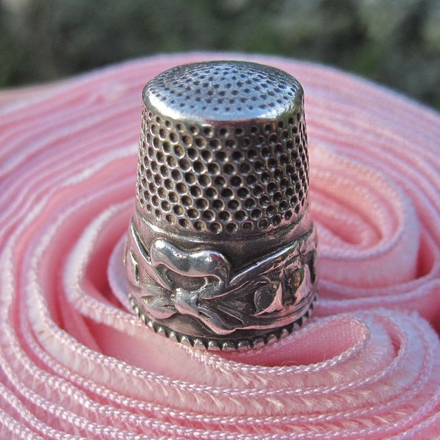Lily of the Valley antique thimble by Sterns Brothers
