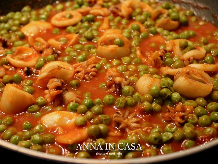 Da preparare con o senza il Bimby Seppionline con piselli http://annaincasa.blogspot.it/2017/01/seppioline-con-piselli-ricetta-anche.html www.facebook.com/annaincasa #annaincasa #annaincasablog