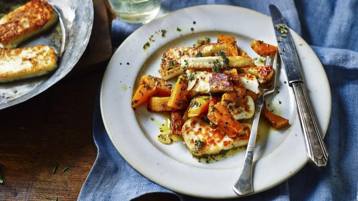 Butternut squash with rosemary and halloumi