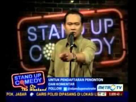 Cak Lontong merupakan seorang pelawak lucu yang sudah sangat terkenal. untuk itu banyak acara televisi yang di bintai salah satunya stand up comedy.