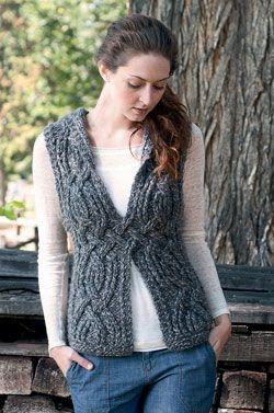 I sooooooooo wish I could knit!  I <3 this but I'm pretty sure it would be all bulky in crochet!
