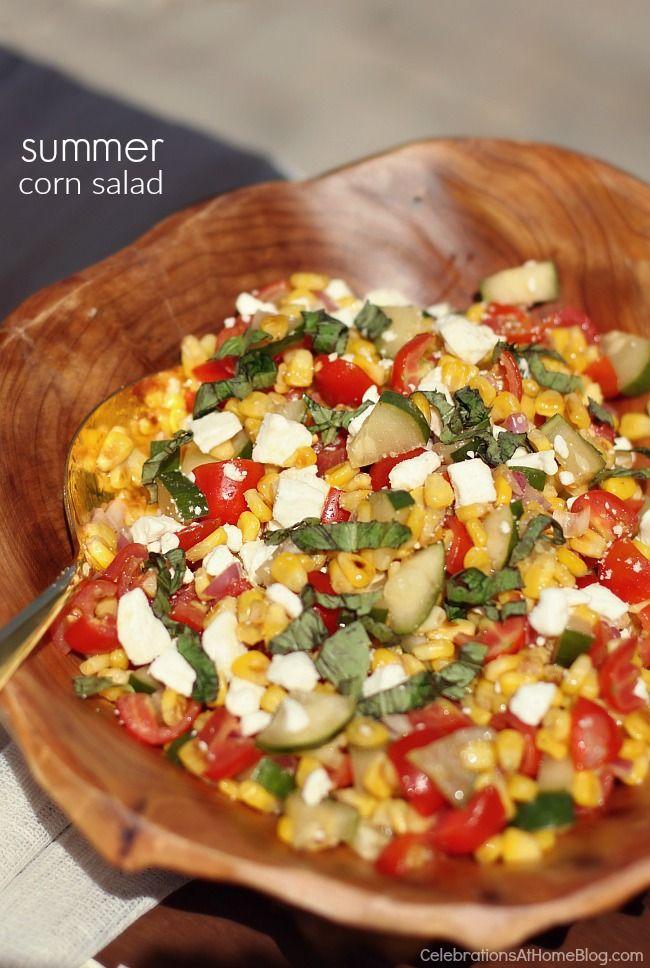 Salade de maîs, feta, concombre, tomates, basilic