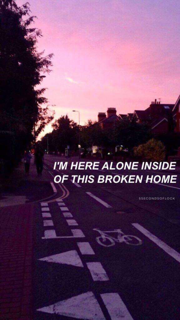 """""""Estoy aqui sola en este hogar roto"""""""