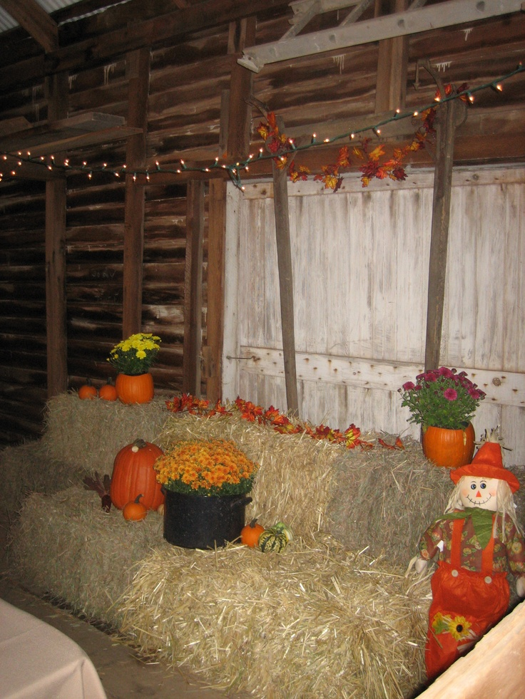 1000 images about barn party on pinterest indoor for Indoor birthday decoration ideas
