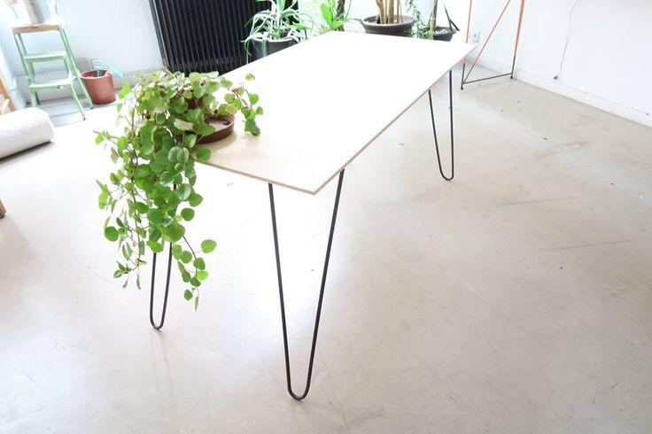 Folding Table by Zuloark & Tipi Studio