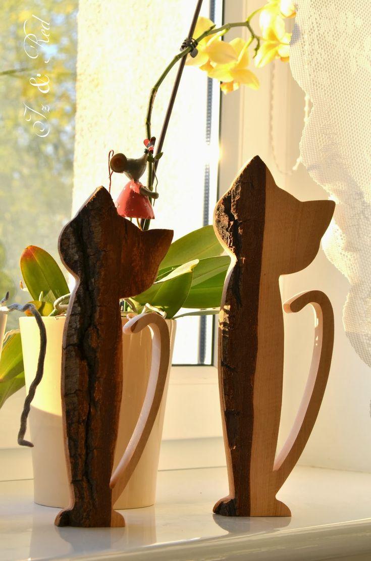 prace w drewnie, narzędzia stolarskie, stolarstwo, wyroby z drewna, ozdoby z drewna, inicjały z drewna, drewniane litery, inicjały