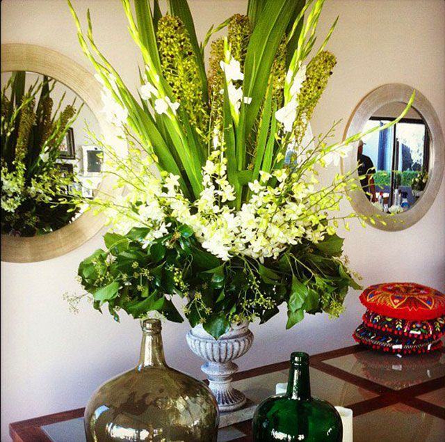 Buy Corporate Flowers online in Perth City
