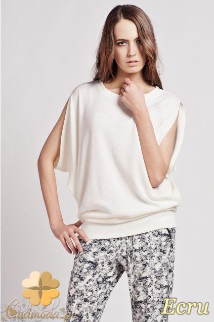 Modna, damska bluzka kimono z dekoltem.  #cudmoda #ubrania #odzież #styl #moda #clothes