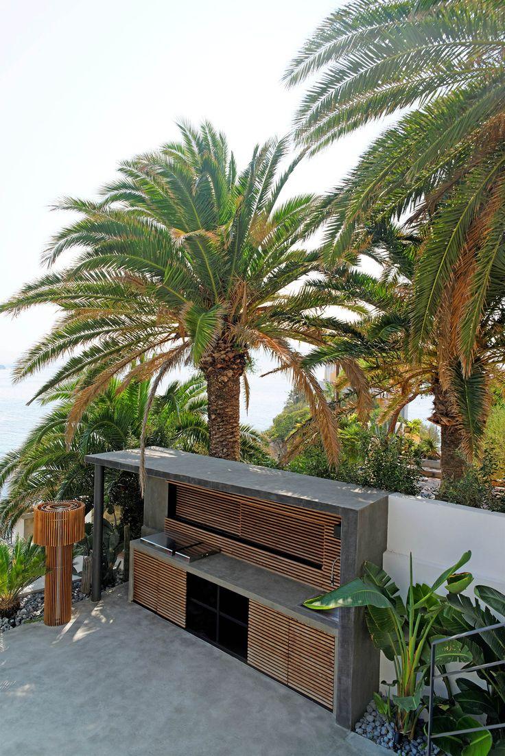Maison de ville K ToGu Architecture Marseille Photography by Loïc JOURDAN  Wood plank Palm Tree Concrete floor