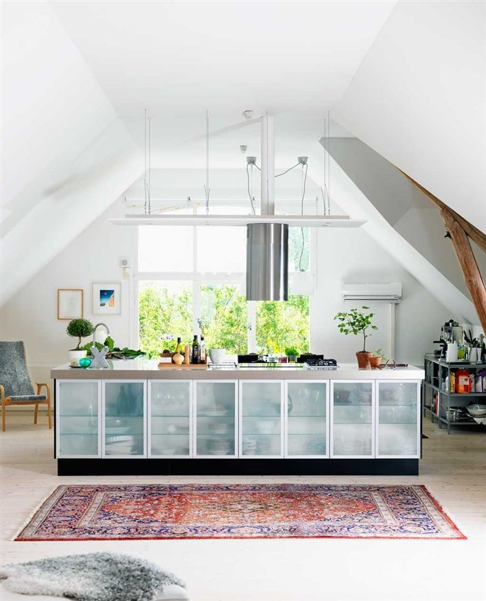 { minimal }Cabinets, House Inspiration, Decor Ideas, Delight Decor, White Lights, Dreams House, Islands Living, Home Kitchens, Interiors Decor